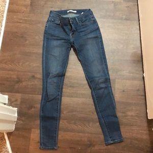 Levi's 710 Super Skinny Size 26